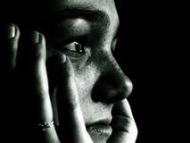 κορίτσι που σκέφτεται τ&omicron Στοκ Εικόνες