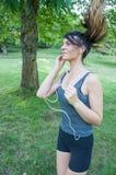 Κορίτσι που τρέχει στο πάρκο Camaldoli στοκ εικόνες