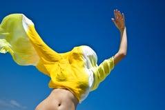 κορίτσι που τυλίγεται vaporous Στοκ φωτογραφίες με δικαίωμα ελεύθερης χρήσης