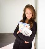 κορίτσι που φαίνεται κο&ups Στοκ φωτογραφίες με δικαίωμα ελεύθερης χρήσης