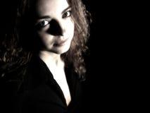 κορίτσι που φαίνεται προκλητικό εσείς νέοι Στοκ Εικόνες