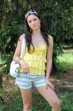 κορίτσι που χαλαρώνει πλ& Στοκ φωτογραφία με δικαίωμα ελεύθερης χρήσης