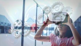 Κορίτσι που χρησιμοποιεί το βίντεο VR απόθεμα βίντεο