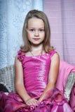 Κορίτσι σε ένα ρόδινο φόρεμα Στοκ εικόνες με δικαίωμα ελεύθερης χρήσης