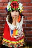 Κορίτσι σε ένα στεφάνι Στοκ Εικόνα
