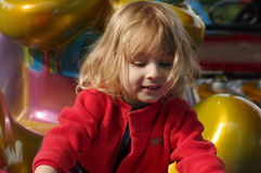 Κορίτσι σε μια παιδική χαρά Στοκ φωτογραφίες με δικαίωμα ελεύθερης χρήσης