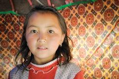 Κορίτσι σε Arslanbob στο Κιργιστάν Στοκ Φωτογραφία