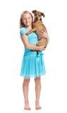 κορίτσι σκυλιών αυτή νεολαίες εκμετάλλευσης Στοκ Εικόνες
