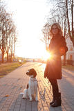 κορίτσι σκυλιών στοκ φωτογραφίες με δικαίωμα ελεύθερης χρήσης