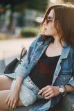 Κορίτσι στα γυαλιά ηλίου Στοκ Εικόνες