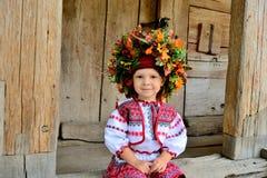 Κορίτσι στα ουκρανικά εθνικά ενδύματα Στοκ εικόνες με δικαίωμα ελεύθερης χρήσης