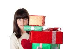 Κορίτσι στα Χριστούγεννα με τα κιβώτια δώρων Στοκ Εικόνα