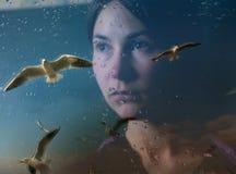 Κορίτσι στην κατάθλιψη Στοκ φωτογραφία με δικαίωμα ελεύθερης χρήσης
