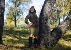 Κορίτσι στη στολή του κόκκινου στρατού Στοκ εικόνες με δικαίωμα ελεύθερης χρήσης