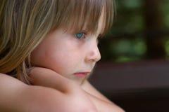 κορίτσι στοχαστικό Στοκ εικόνα με δικαίωμα ελεύθερης χρήσης
