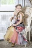 Κορίτσι στο λεπτό φόρεμα Στοκ Εικόνες
