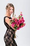 Κορίτσι στο μαύρο φόρεμα 2 Στοκ Εικόνες