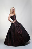 Κορίτσι στο μεσαιωνικό φόρεμα Στοκ Φωτογραφία