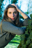Κορίτσι στο πάρκο Στοκ Φωτογραφίες