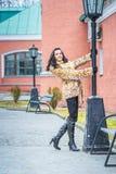 Κορίτσι στο παλτό γουνών Στοκ Εικόνες