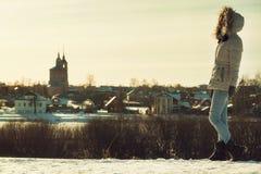 Κορίτσι στο σακάκι Στοκ Φωτογραφίες