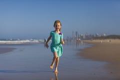 Κορίτσι στο Gold Coast  Στοκ φωτογραφία με δικαίωμα ελεύθερης χρήσης