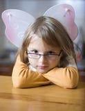 κορίτσι τοποθέτησης αγγέ& Στοκ εικόνες με δικαίωμα ελεύθερης χρήσης