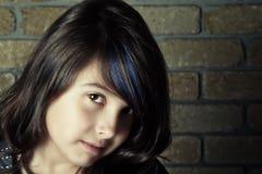 κορίτσι τοποθέτησης στοκ φωτογραφίες με δικαίωμα ελεύθερης χρήσης