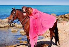κορίτσι το άλογό της Στοκ Φωτογραφία