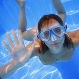 κορίτσι υποβρύχιο Στοκ Εικόνες