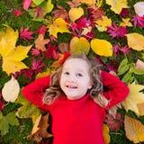 κορίτσι φθινοπώρου λίγο &pi Στοκ εικόνες με δικαίωμα ελεύθερης χρήσης