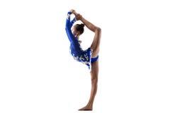 Κορίτσι χορευτών που κάνει τις μόνιμες διασπάσεις Στοκ Φωτογραφία