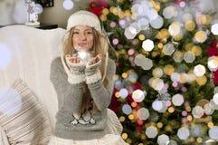 κορίτσι Χριστουγέννων κ&omicron Στοκ Φωτογραφίες