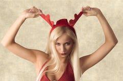 Κορίτσι Χριστουγέννων με τα αστεία αυτιά Στοκ εικόνα με δικαίωμα ελεύθερης χρήσης