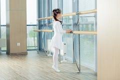 κορίτσι ballerina λίγα Λατρευτό κλασσικό μπαλέτο ι χορού παιδιών Στοκ Φωτογραφίες