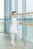 κορίτσι ballerina λίγα Λατρευτό κλασσικό μπαλέτο ι χορού παιδιών Στοκ Εικόνες