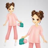 Κορίτσι Brunette στο ρόδινο κοστούμι ελεύθερη απεικόνιση δικαιώματος