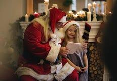 κορίτσι Claus λίγο santa Στοκ φωτογραφία με δικαίωμα ελεύθερης χρήσης
