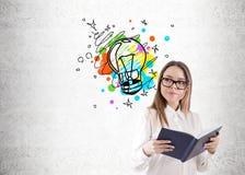 Κορίτσι Geek και έξυπνο σκίτσο ιδέας Στοκ Εικόνα