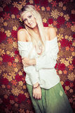 κορίτσι hippie αρκετά Στοκ φωτογραφία με δικαίωμα ελεύθερης χρήσης