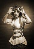 Κορίτσι Redhair με τα προστατευτικά δίοπτρα steampunk Ντεμοντέ Στοκ Εικόνες