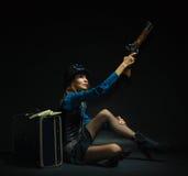 Κορίτσι Steampunk που οπλίζεται και επικίνδυνο Στοκ Φωτογραφία