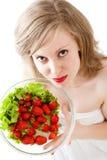 κορίτσι strawberrys Στοκ φωτογραφία με δικαίωμα ελεύθερης χρήσης