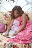 κορίτσι teddy Στοκ εικόνα με δικαίωμα ελεύθερης χρήσης