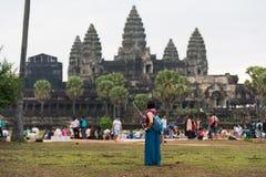 Κορίτσι Toursit-, Angkor Wat στην Καμπότζη Στοκ φωτογραφία με δικαίωμα ελεύθερης χρήσης