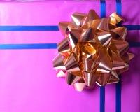 κορδέλλα δώρων Στοκ φωτογραφία με δικαίωμα ελεύθερης χρήσης