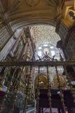 ΚΟΡΔΟΒΑ - ΙΣΠΑΝΙΑ - 10 ΙΟΥΝΊΟΥ 2016: Άσπρος ανώτατος θόλος Μ καθεδρικών ναών Στοκ Εικόνες