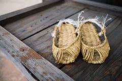 Κορεατικά παραδοσιακά παπούτσια αχύρου στοκ εικόνες