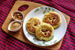 Κορεατική τηγανίτα, και δημοφιλή τρόφιμα οδών της Κορέας Στοκ φωτογραφία με δικαίωμα ελεύθερης χρήσης