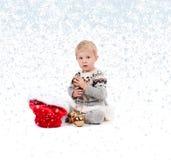 Κοριτσάκι με τη διακόσμηση Χριστουγέννων Χειμώνας και snowflakes Στοκ Εικόνες